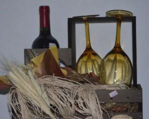 029 - Kit Casal com Vinho, taças e buquê de chocolate